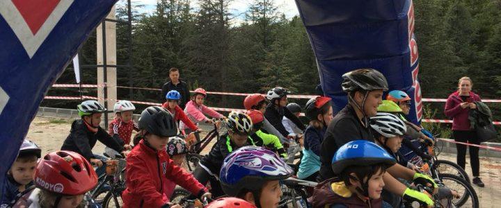 Çocuk Bisiklet Yarışı Coşkuyla Tamamlandı